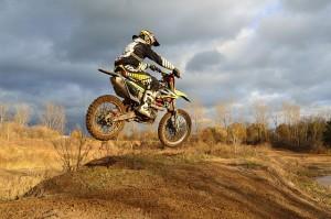dirt-bike-209489_640